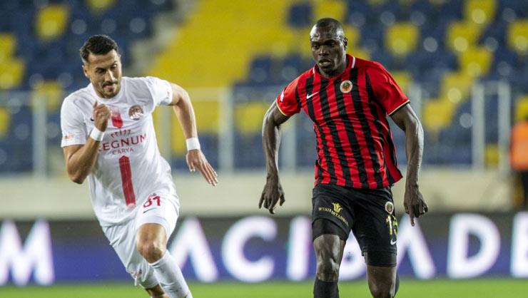 """""""Antalyaspor"""" səfərdən bir xalla qayıdır"""