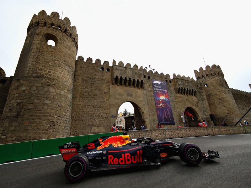 Formula-1 pilotları payızda Bakıya gələcək
