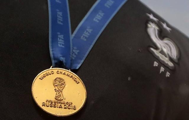 Dünya çempionatının medalı hərracda satıldı
