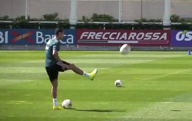 Ronaldodan məşqdə də təkrarsızdır -Video