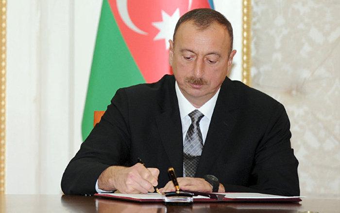 Azərbaycan Respublikasının kütləvi informasiya vasitələri nümayəndələrinin təltif edilməsi haqqında