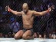 Döyüşçü UFC çempionluğundan imtina etdi