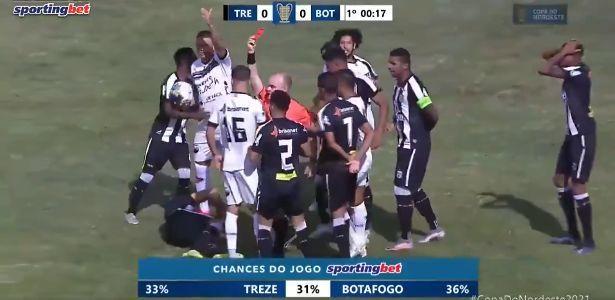 Futbolçu 9-cu saniyədə meydandan qovuldu