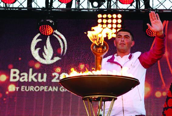 Birinci Avropa Oyunlarının məşəli bölgələri qarış-qarış dolanır