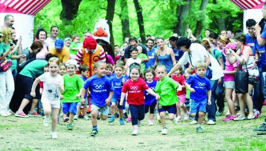 """Serbiyalı idmançılar """"Bakıya doğru"""" şüarı altında bir araya gəliblər"""
