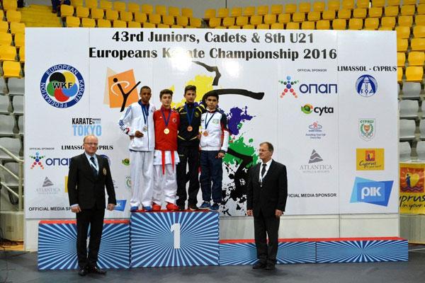 Yeniyetmə karateçimiz Avropa çempionatının bürünc medalını qazanıb