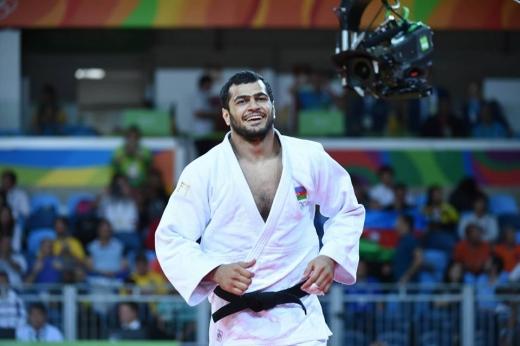 Elmar Qasımov Rio-2016-da gümüş medal qazandı