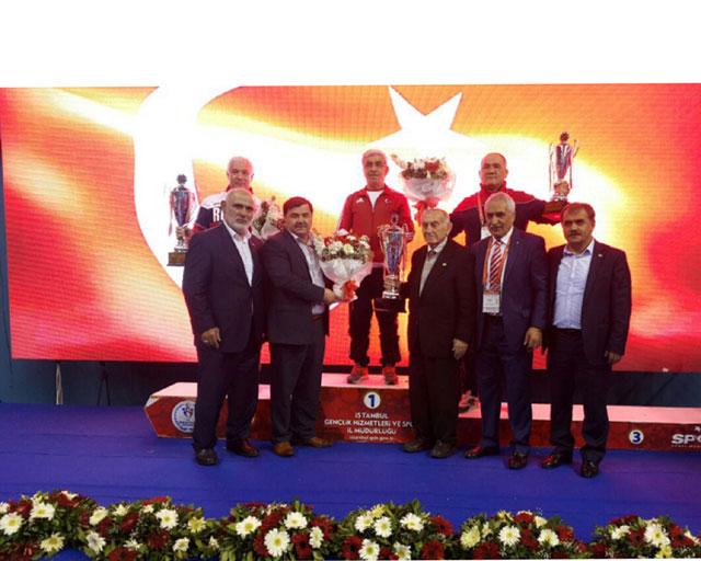 Sərbəst güləşçilərimiz Türkiyədən 3 medalla qayıdıblar