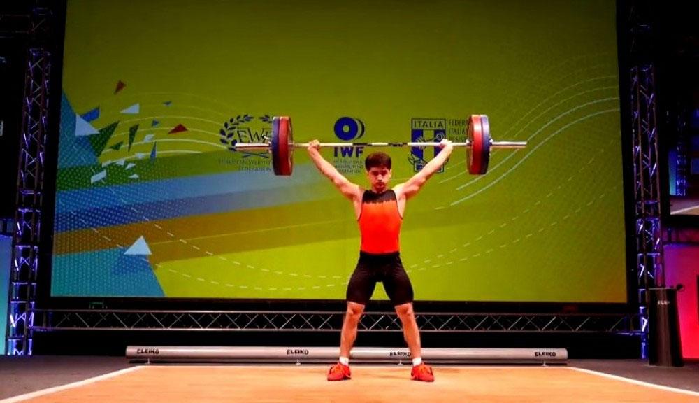 Ağır atletimiz bürünc medal qazanıb