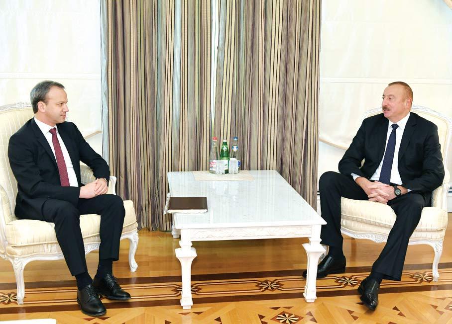Prezident İlham Əliyev Beynəlxalq Şahmat Federasiyasının prezidentini qəbul edib