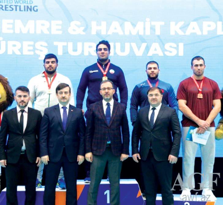 Pəhləvanlarımız Türkiyədən 5 medalla qayıdıblar