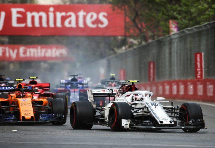 """""""Williams""""dan sonra """"Ferrari""""də qəzaya uğradı"""