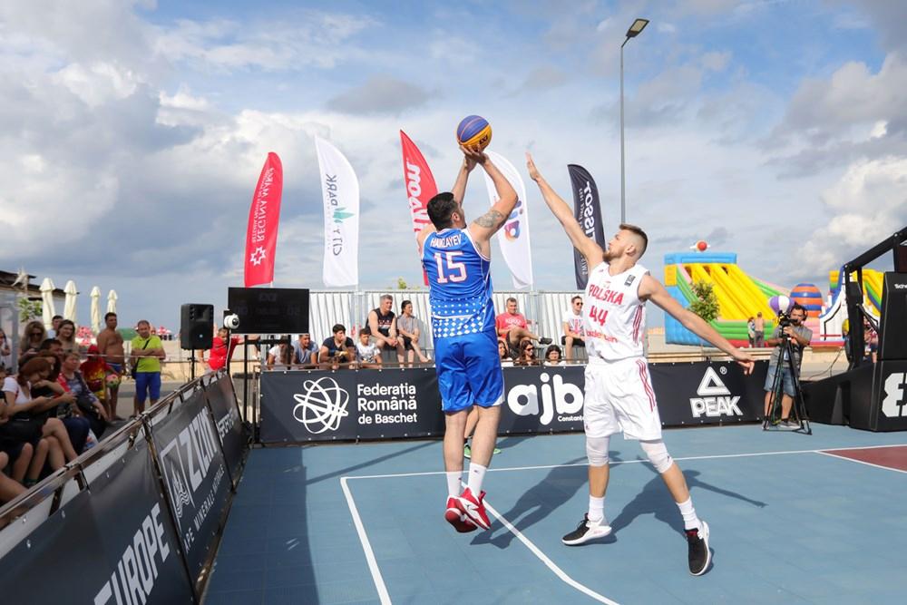 Basketbol komandamız Riqada gümüş medala sahib çıxıb