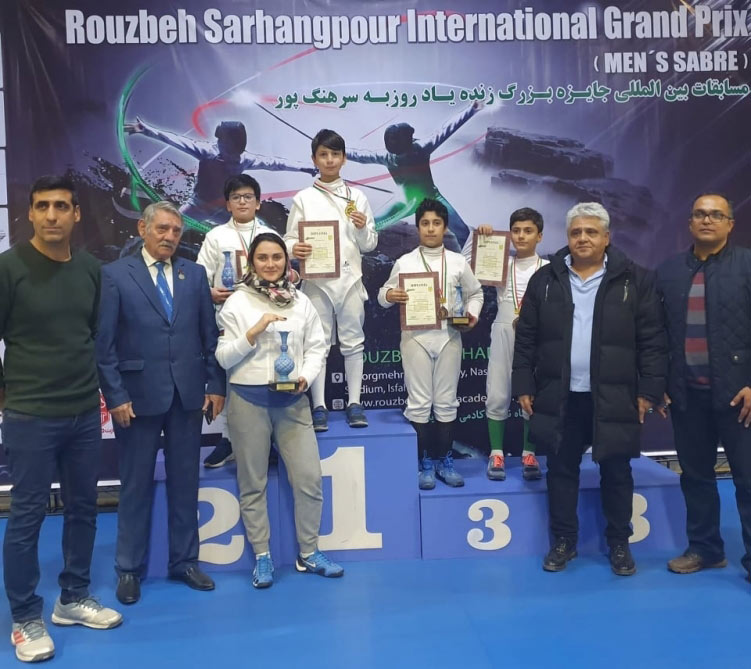Yeniyetmə qılıncoynadanlarımız İrandan 3 medalla qayıdırlar