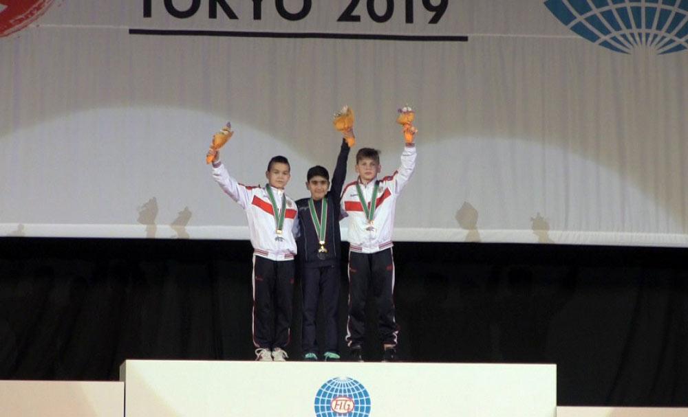 Tokioda yeniyetmə gimnastımız qızıl medal qazanıb