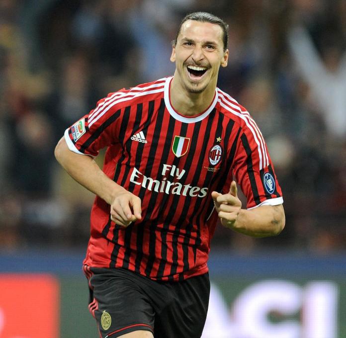 """Zlatan İbrahimoviç 7 ildən sonra """"Milan""""da"""