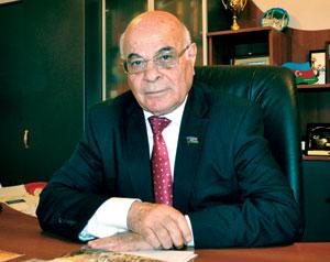 """Ağacan Abiyev: """"Dünya çempionatında qazanılan uğur ölkəmizdə boksun yüksək səviyyədə inkişafını bir daha nümayiş etdirir"""""""