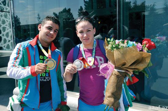 Ağırlıq qaldıranlarımız Kazandan iki medalla qayıtdılar